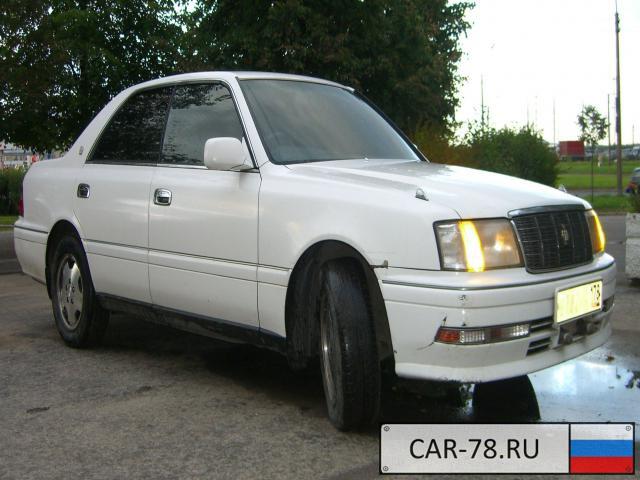 Toyota Crown Санкт-Петербург