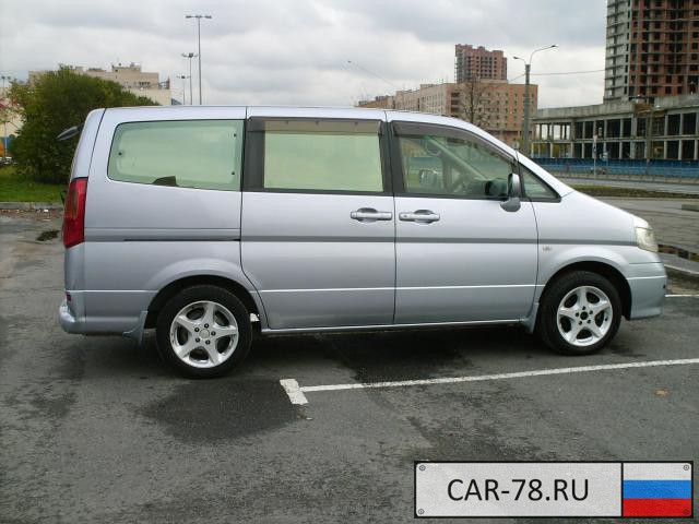 Nissan Serena Санкт-Петербург