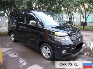 Toyota Voxy Москва